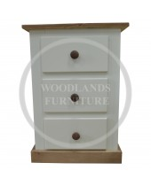 DEWSBURY COUNTRY 3 DRAWER BEDSIDE CABINET